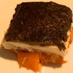Smaki czasu z Karolem Okrasą - Sandacz zapiekany z grzybami z sałatką z kiszonej kapusty i dyni (źródło: TVP)