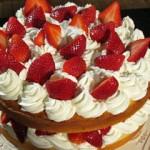Kruche ciasto z truskawkami (źródło: TLC)