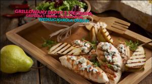 Grillowany indyk z pieczoną gruszką i serem pleśniowym (źródło: kuchnialidla.pl)