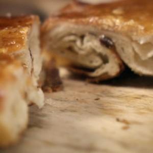 Ciasto Lardy ze smalcu (źródło: hobbshousebakery.co.uk)