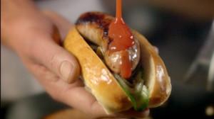 Wędzony hot-dog (źródło: hobbshousebakery.co.uk)