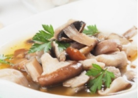 Zupa grzybowa (źródło: almamarket.pl)