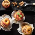 Pieczone jabłka (źródło: kuchnialidla.pl)
