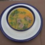 Zupa ziemniaczana z grzankami z pasztetówk (źródło: tvp.pl)