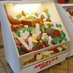 Tort stoisko z delikatesami (źródło: tlc)