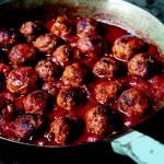 Włoskie klopsiki w gęstym sosie pomidorowym (źródło: Kudłaci kucharze)